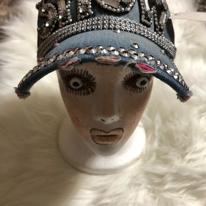 "Women's like new Fancy ""SHOW "" Bling Hat!!!"